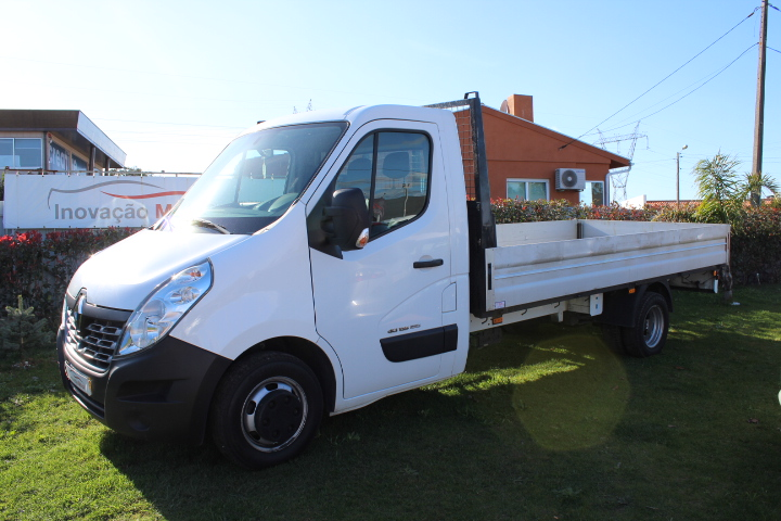 RENAULT MASTER 2.3 DCi 135 ENERGY