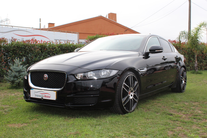 JAGUAR XE 2.0 D LUXURY