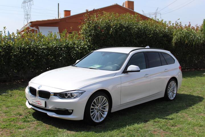 BMW 230 D Touring Luxury